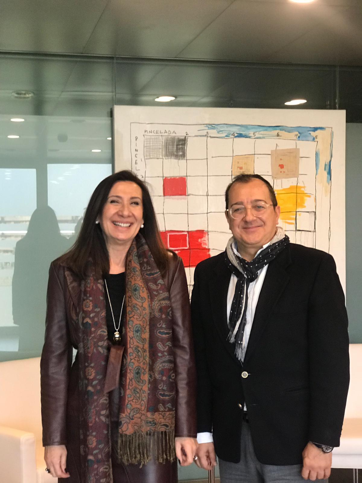 Carlos Fornes se reúne con la Decana del Colegio de Abogados de Valencia