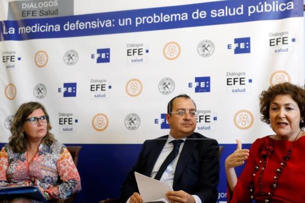 AGENCIA EFE: El 20% del gasto médico son pruebas inútiles solicitadas por miedo a demandas