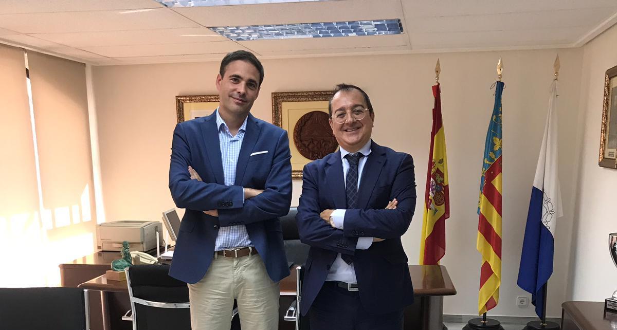 Fornes se reúne con el presidente del Colegio Oficial de Veterinarios de Alicante