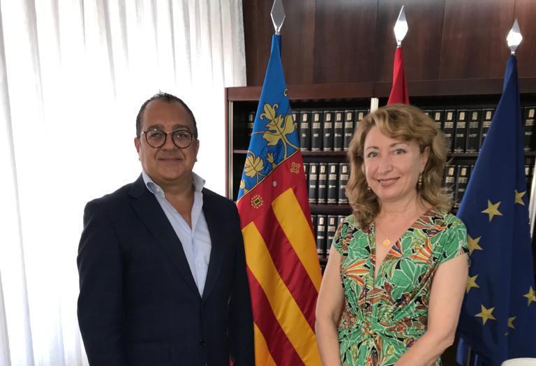 Carlos Fornes se reúne con Mercedes Hurtado, presidenta del Colegio de Médicos de Valencia
